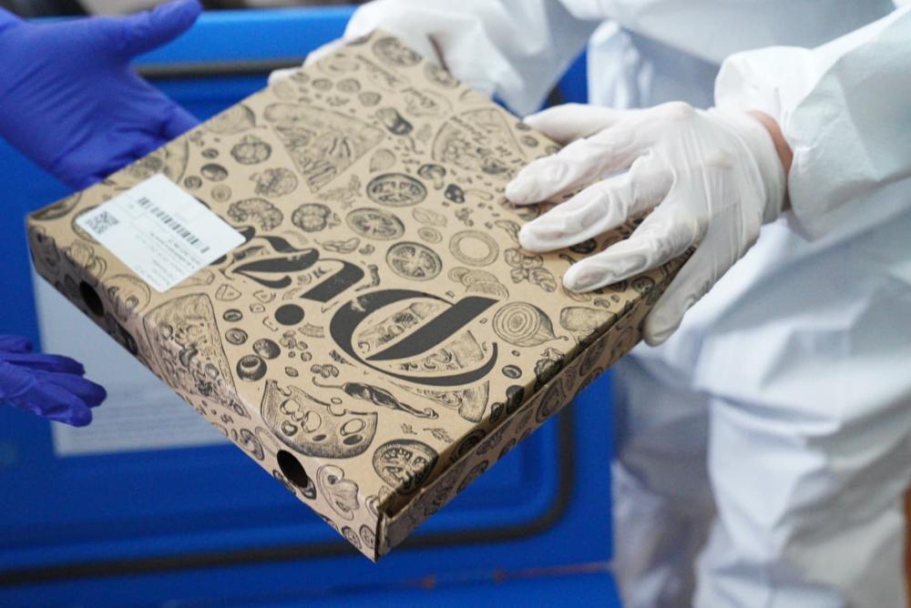 Pizza cu aromă de vaccin anti-Covid-19 la Slobozia