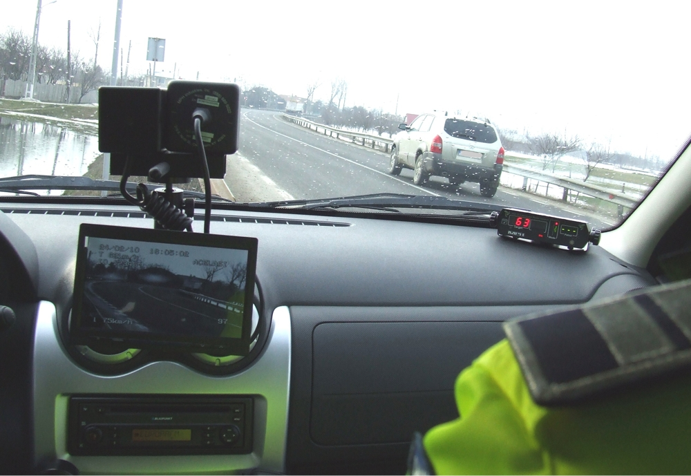 Un șofer pericol public a înroșit radarul Poliției